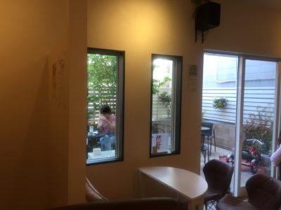 ガーデンカフェ店内